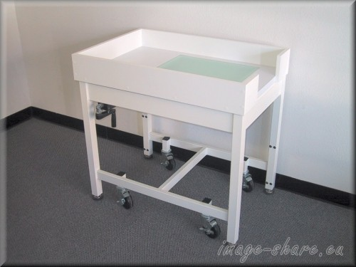 bench-a109p-LT-Light-Table-Casters-Curbs.jpg